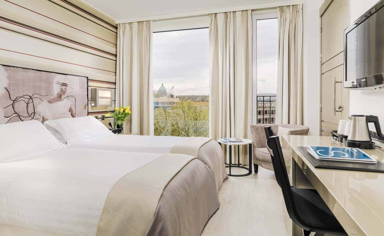 H10 London Waterloo Stylish Modern Hotel With Great